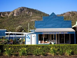 Esk Caravan Park - Accommodation NSW
