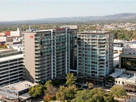 Crowne Plaza Adelaide - Accommodation NSW