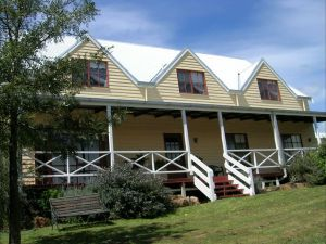 Celestine House - Accommodation NSW