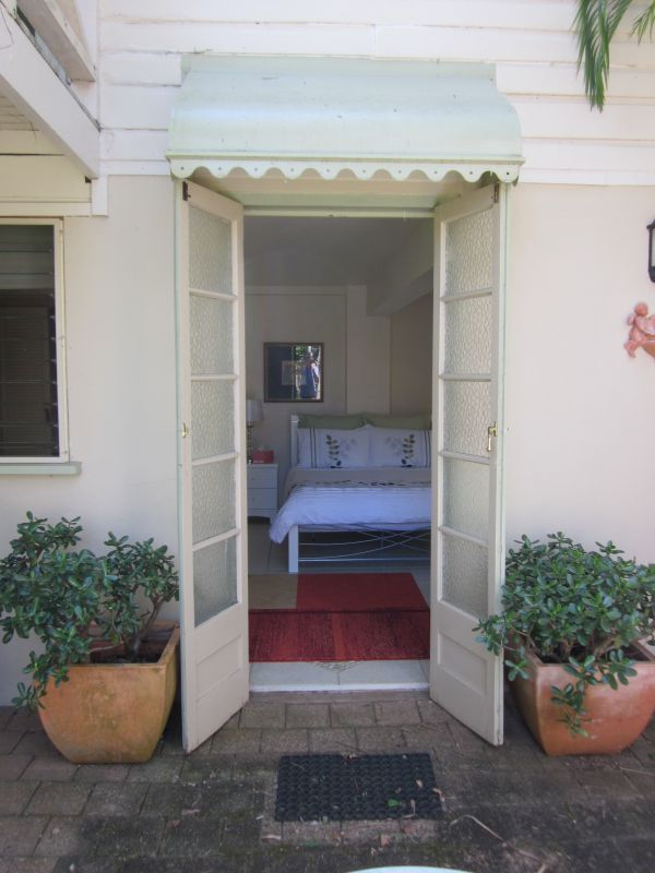 Bangalow Studio Apartment