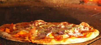 Il Forno Pizzeria - Accommodation NSW