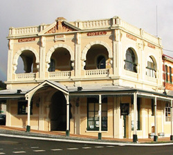 Empire Hotel - Accommodation NSW