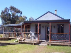 The Globe Hotel. Rylstone - Accommodation NSW