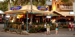 Apres Beach Bar  Grill - Palm Cove - Accommodation NSW