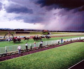 Hawkesbury Race Club - Accommodation NSW
