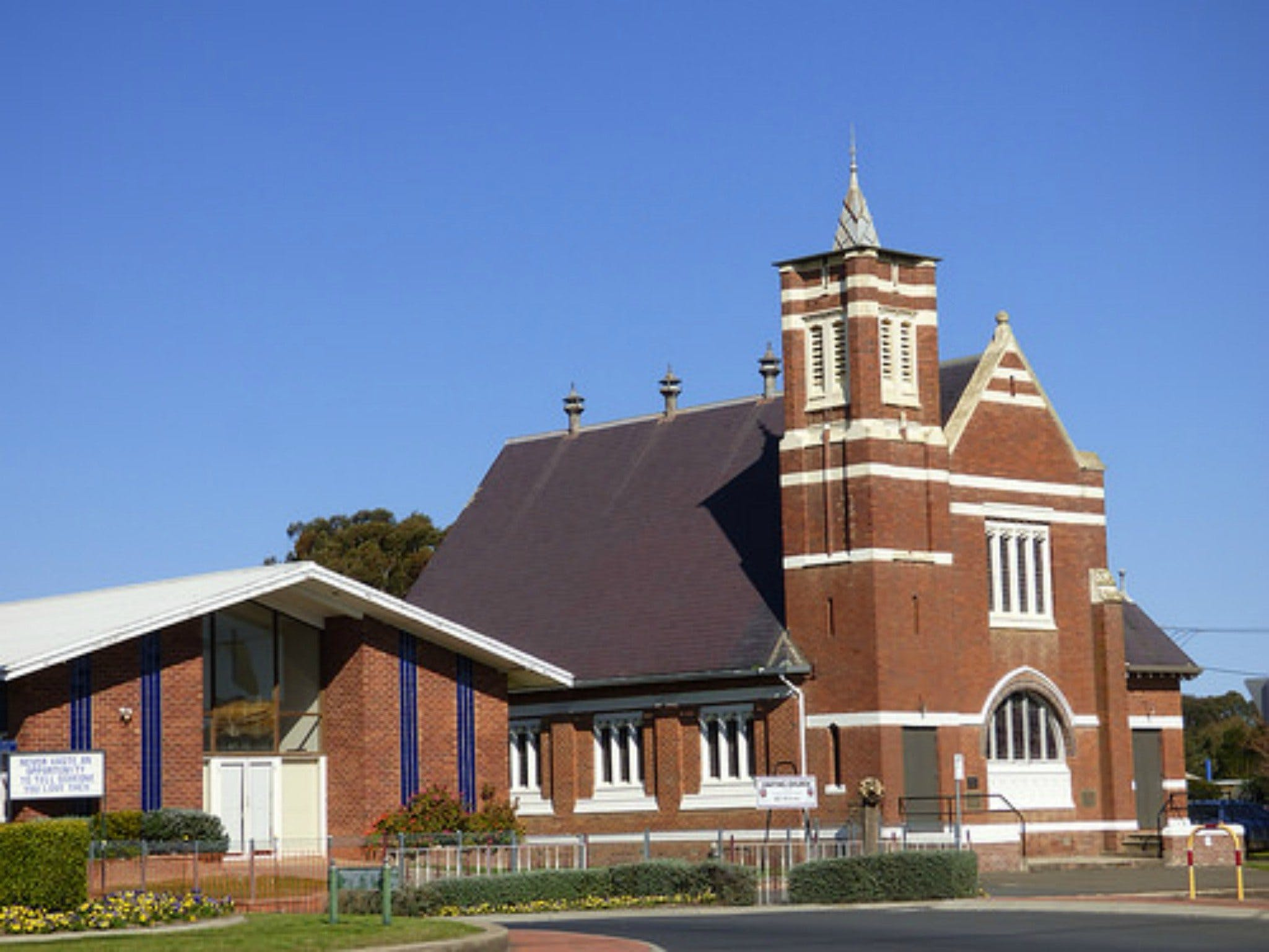 Uniting Church Monthly Markets