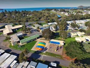Victor Harbor Holiday  Cabin Park - Accommodation NSW