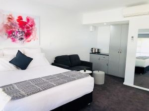 The Avenue Inn - Accommodation NSW