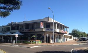 Pier Hotel - Accommodation NSW