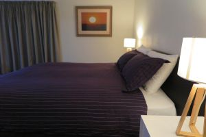 Summerhill Motor Inn - Adults Only - Accommodation NSW