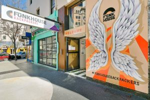 Funk House Backpackers - Accommodation NSW