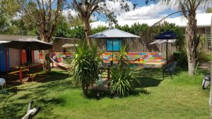 Alice's Secret Travellers Inn - Accommodation NSW