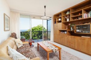Bondi Apt. for 4 with Panoramic Ocean and Park Views - Accommodation NSW