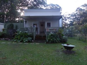 Buddha Cottage Springbrook - Accommodation NSW