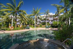 Cairns Beach Resort - Accommodation NSW