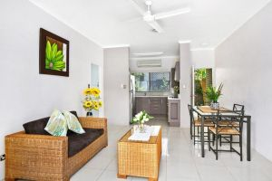 Cairns Reef Retreat - Accommodation NSW
