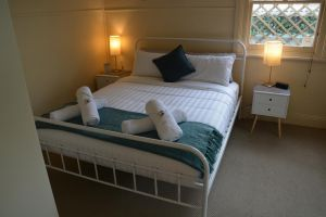Charming Miners Cottage in the Hip City of Geelong - Accommodation NSW