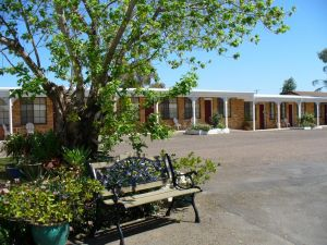 Colonial Motor Lodge Scone - Accommodation NSW