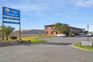 Comfort Inn Peppermill - Accommodation NSW