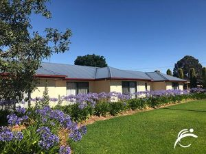 Coro Club Motel - Accommodation NSW