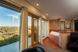Eagle View Escape - Accommodation NSW