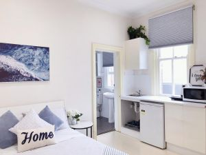 Private Studio-room In Kingsford with Kitchenette and Private Bathroom Near UNSW Randwick4 - Accommodation NSW