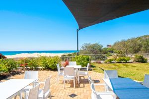Sandcastles On Currumbin Beach - Accommodation NSW