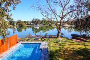 Sunset Lodge - Accommodation NSW