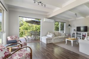 Blairgowrie Bella - light filled home with great deck - Accommodation NSW