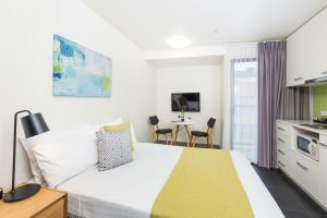 City Edge North Melbourne Apartment Hotel - Accommodation NSW