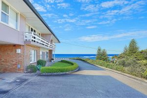 Toowoon Bay Beachside Unit Unit 4 - Accommodation NSW