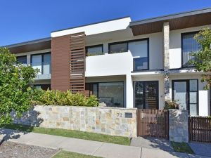 Villa Catania Waterside at Trinity Point - Accommodation NSW