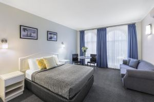 Best Western Cathedral Motor Inn - Accommodation NSW