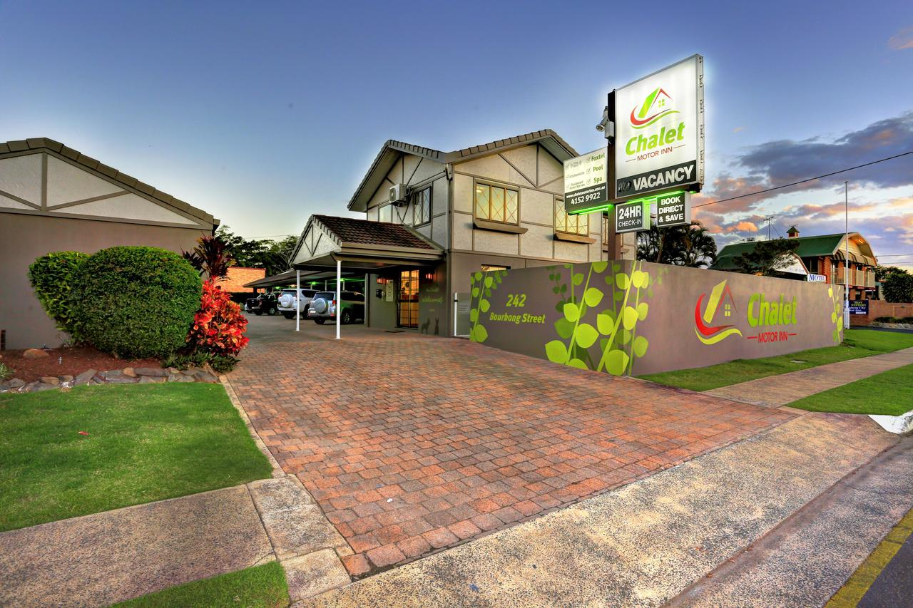 Chalet Motor Inn - Accommodation NSW