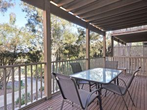 1 bedroom Executive Villa located within Cypress Lakes - Accommodation NSW