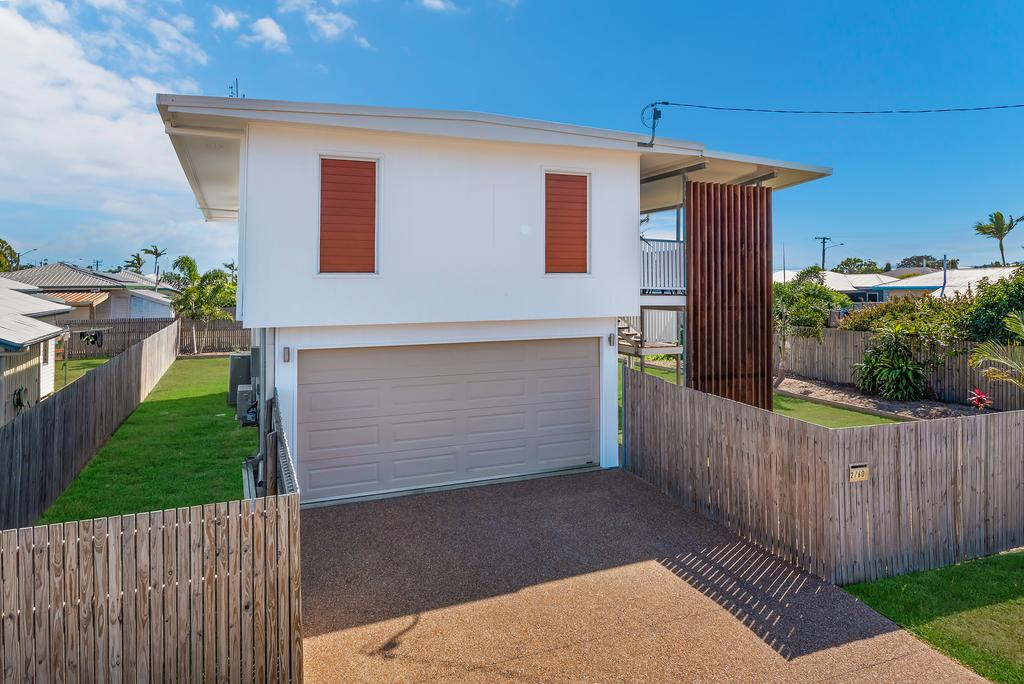 3 Bedroom renovated home - Accommodation NSW
