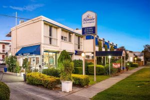 Alexander Motor Inn and Apartments - Accommodation NSW