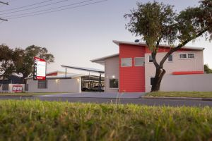 Altitude Motel Apartments - Accommodation NSW