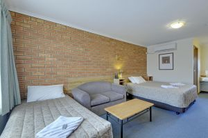 Always Welcome Motel - Accommodation NSW
