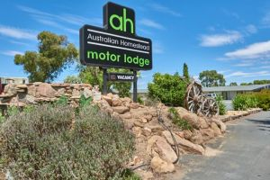 Australian Homestead Motor Lodge - Accommodation NSW