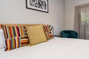 AVENUE MOTEL APARTMENTS - Accommodation NSW