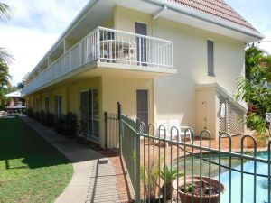 Bayshores Apartment Hervey Bay - Accommodation NSW